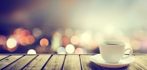 MedlinePlus: Coffee Drinkers May Live Longer
